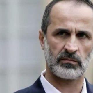 معاذ الخطيب يحسم قراره بإمكانية الترشح ضد بشار الأسد