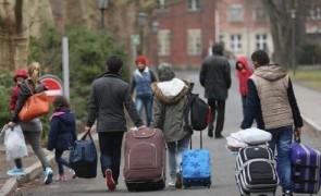 الدنمارك تجرد اللاجئين السوريين  …..عودو الى دياركم