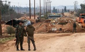 """خسائر للنظام السوري في الرقة ودرعا وقصف تركي على """"قسد"""" في الحسكة"""