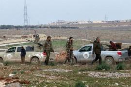 قوات تدعمها روسيا تُجند شباناً لصالحها للعمل في إدلب: تحفيز بالسرقة والتعفيش
