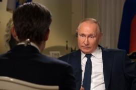 """بوتين بين تهمة """"القاتل"""" والدفاع عن """"لصوص المساعدات"""""""