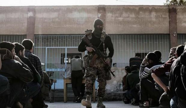 ميليشيات الأسد تعتقل عشرات الشبان غرب دير الزور بهدف تجنيدهم في صفوفها .
