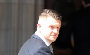 """بريطانيا.. ناشط يميني """"متطرف"""" يخسر قضية تشهير رفعها فتى سوري ضده"""